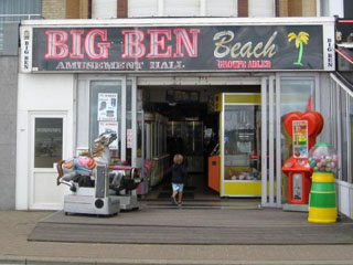 Big Ben Beach (Koksijde)